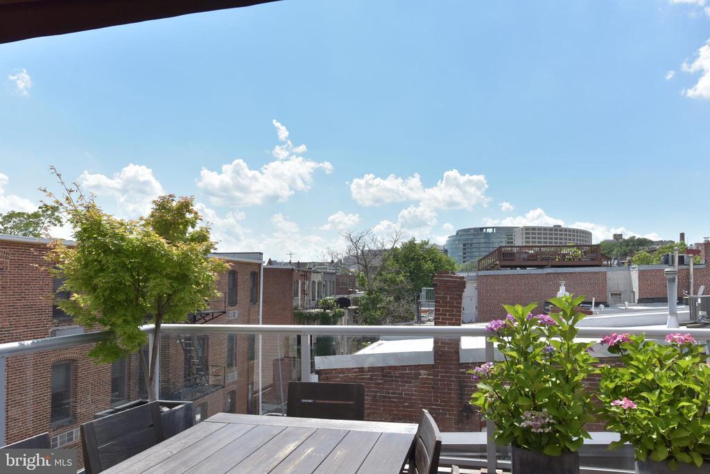 Expansive City Views - 1744 WILLARD ST NW, WASHINGTON