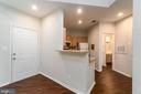 Kitchen opens to the family room - 4404 HELMSFORD LN #202, FAIRFAX