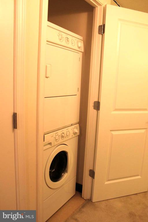 washer and dryer - 7915 EASTERN AVE #509, SILVER SPRING