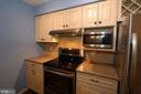 Luxury Kitchen - 13619 ORCHARD DR, CLIFTON