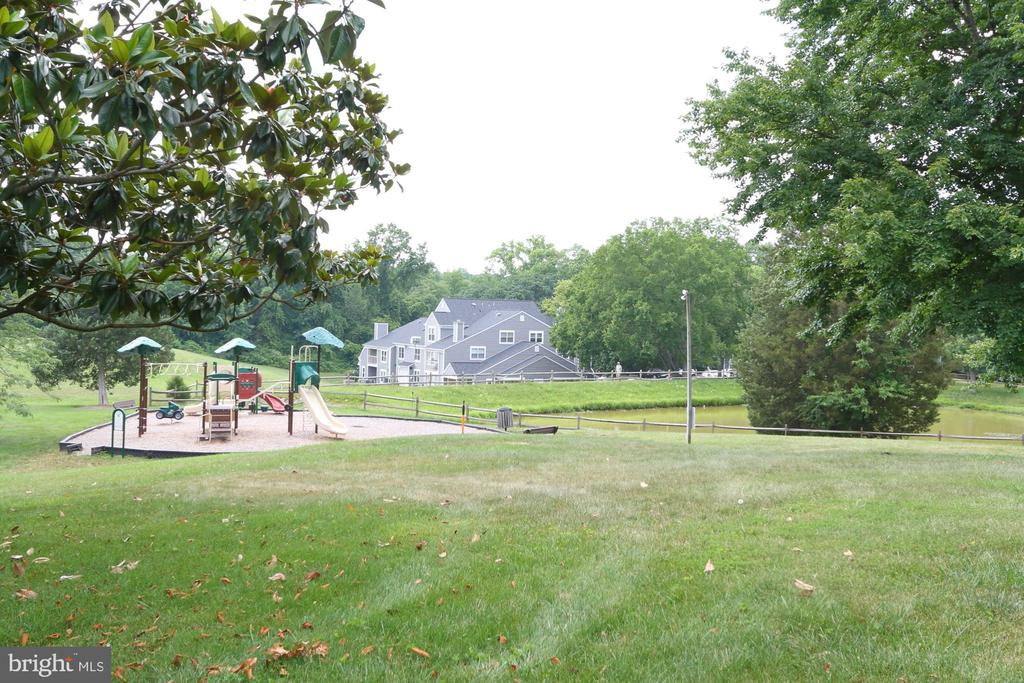 Tot Lot and two ponds - 13619 ORCHARD DR, CLIFTON