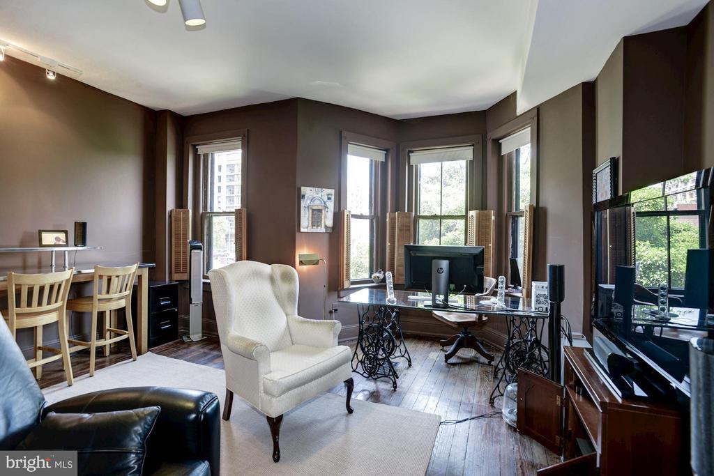 Upper Level 1 - Bedroom 1 - 1928 15TH ST NW, WASHINGTON