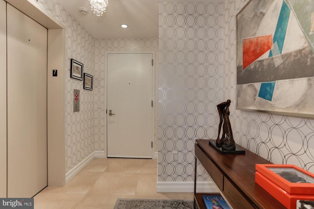 Private Elevator Entry Foyer - 1881 N NASH ST #703, ARLINGTON