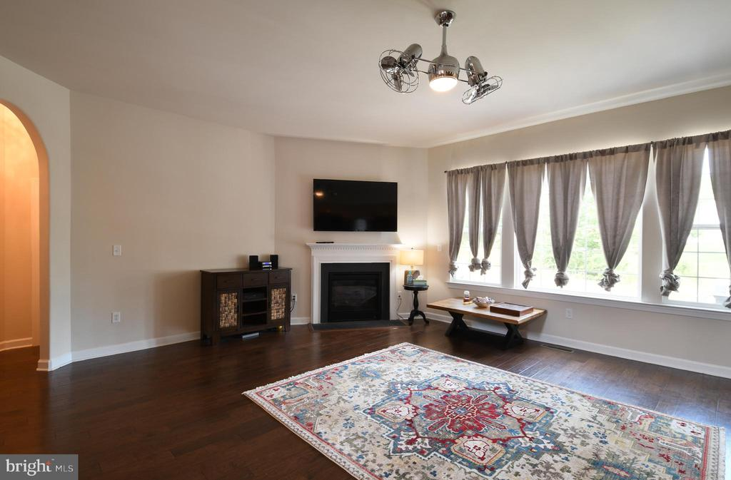 Family Room - 6 TANKARD RD, STAFFORD