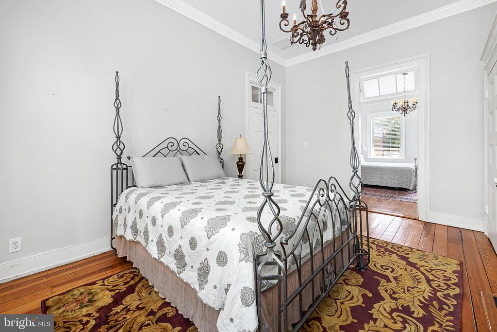 Bedroom 3 with fireplace - 406 HANOVER ST, FREDERICKSBURG