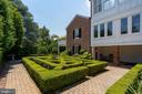 English garden just outside basement - 406 HANOVER ST, FREDERICKSBURG