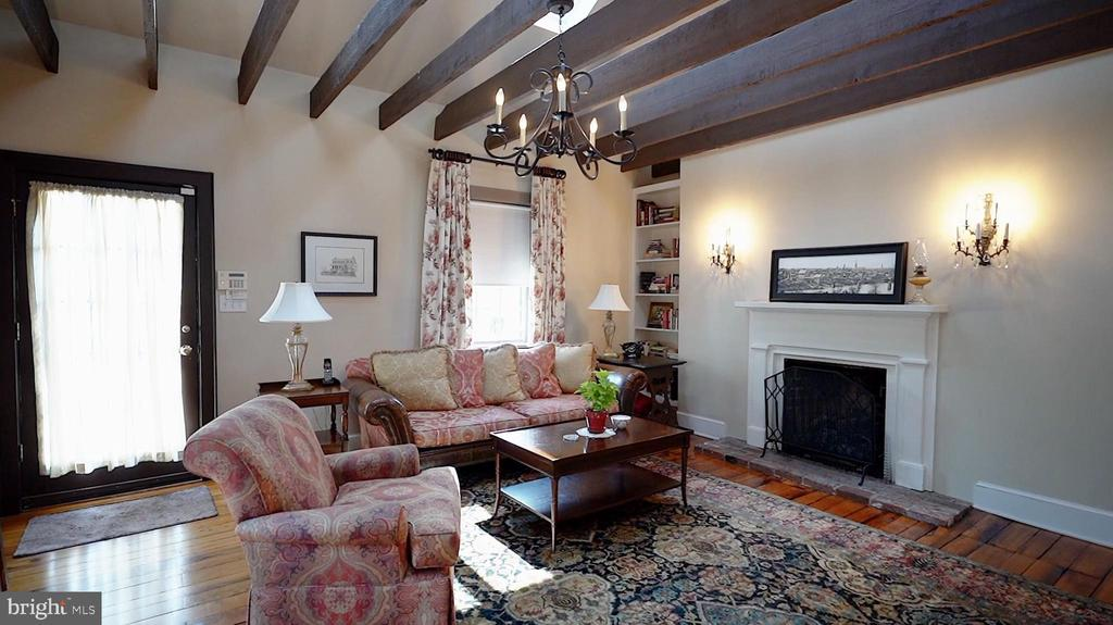 Warm & cozy den situated at the back of the house. - 406 HANOVER ST, FREDERICKSBURG