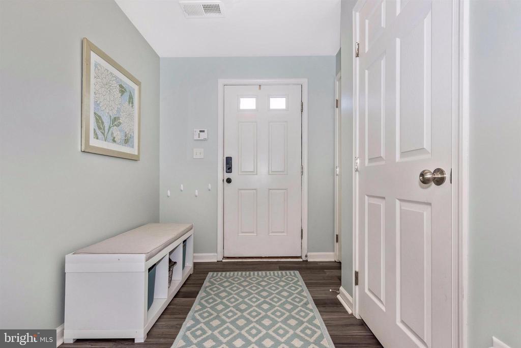 Foyer:  Welcome Home! - 211 RIDGE VIEW LN, HANOVER