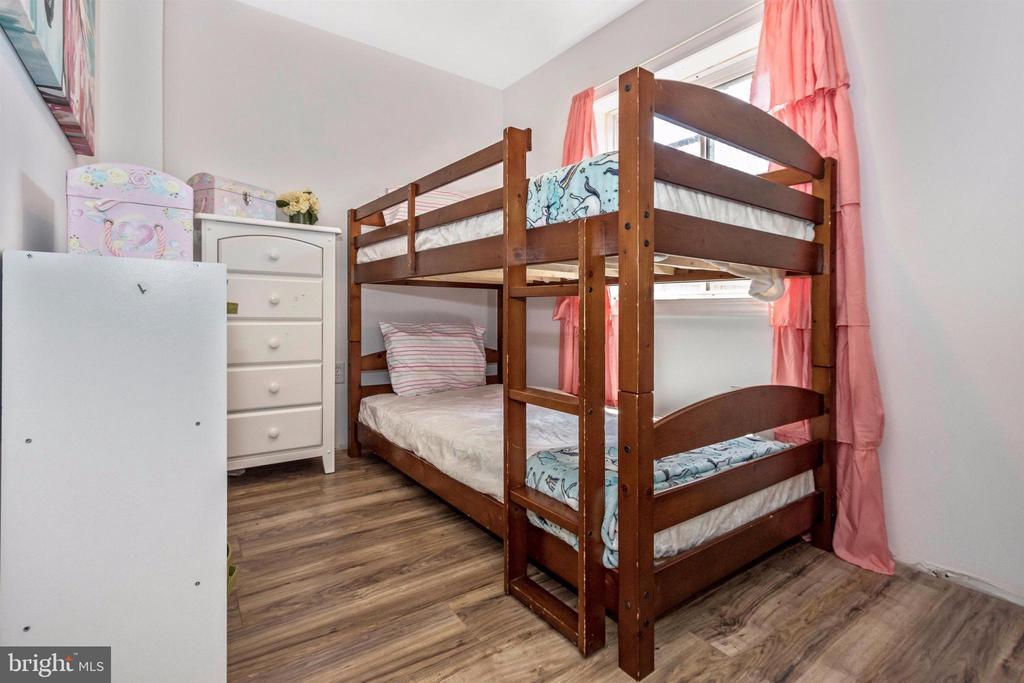 Optional bonus room or office in basement - 211 RIDGE VIEW LN, HANOVER