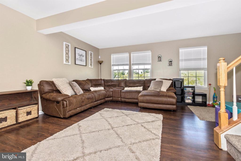 Newer flooring in living room area - 211 RIDGE VIEW LN, HANOVER