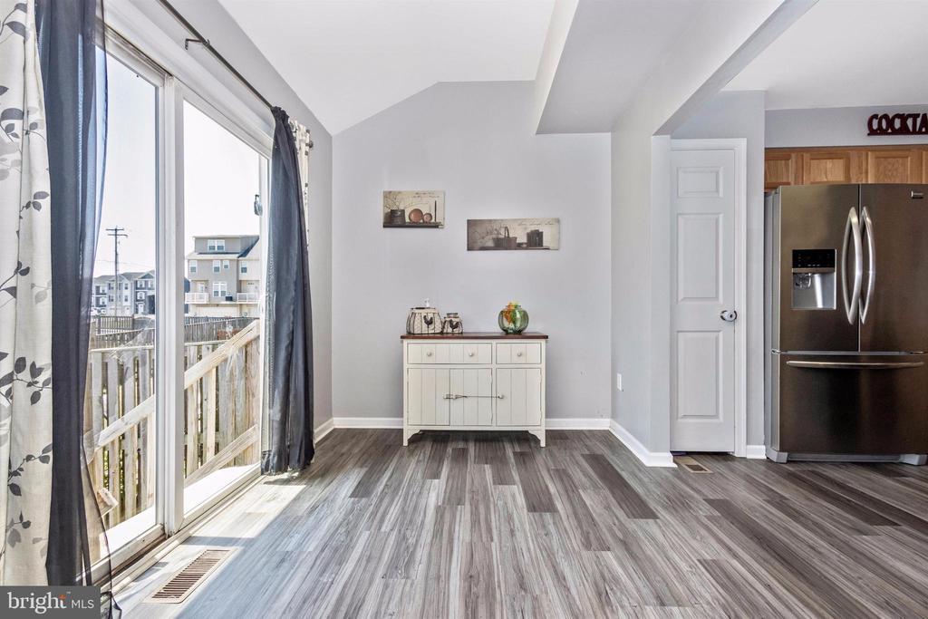 Bonus sunroom - 211 RIDGE VIEW LN, HANOVER