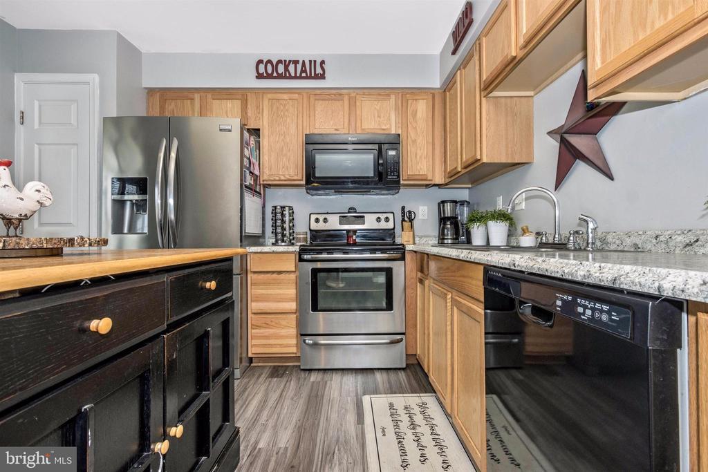 Kitchen - 211 RIDGE VIEW LN, HANOVER