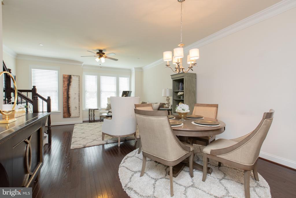 Dining/Living Room ML - 162 CONCORD PL NE, WASHINGTON