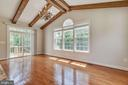 Custom Wood Beams in Morning Room - 15879 FROST LEAF LN, LEESBURG