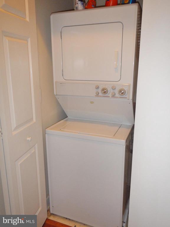 Washer/Dryer - 1320 N WAYNE ST #101, ARLINGTON