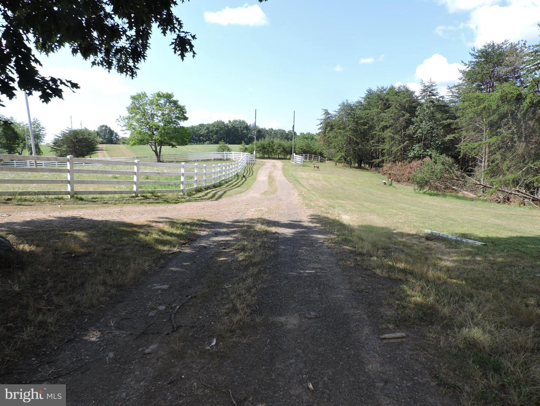 Single Family Homes für Verkauf beim Artemas, Pennsylvanien 17211 Vereinigte Staaten