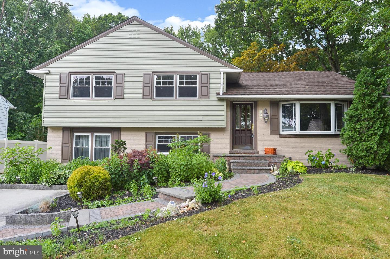 Property 为 销售 在 菲尔德, 新泽西州 08033 美国