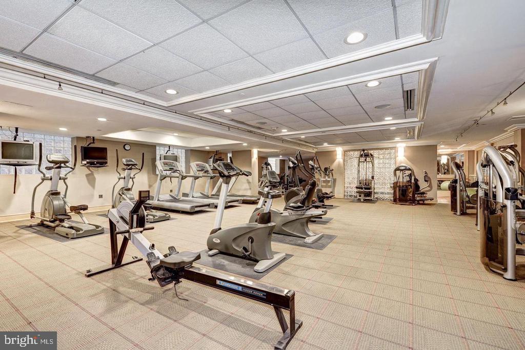Spacious Fitness Center w/ the Works! - 616 E ST NW #1201, WASHINGTON