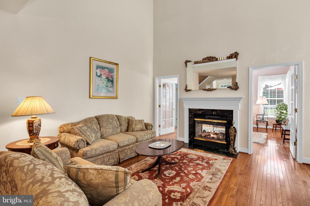 With Double Sided Fireplace - 6541 BOX ELDER LOOP, GAINESVILLE