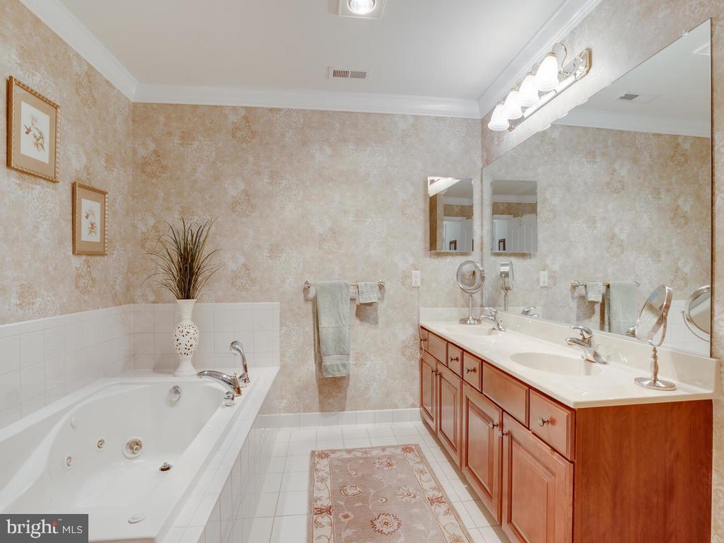 Master Bath- Upstairs - 8853 WARM GRANITE DR #35, COLUMBIA