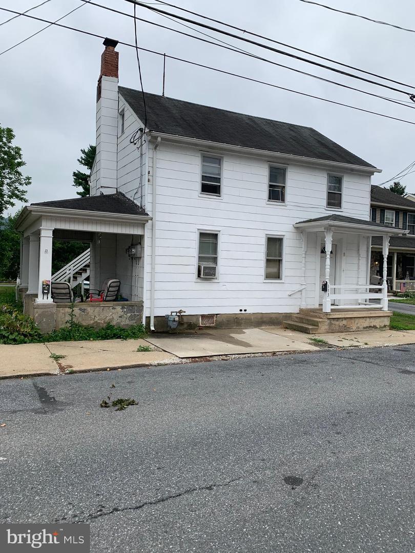 Multi Family for Sale at 133 W WALNUT Street Marietta, Pennsylvania 17547 United States
