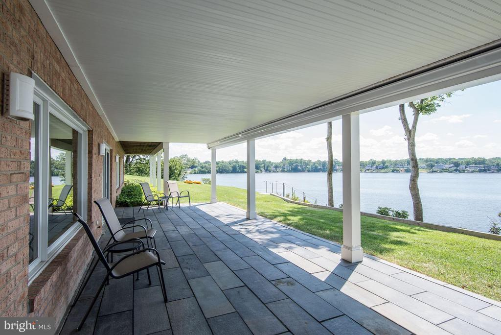 Lower Level Covered Stone Patio - 2920 SOUTHWATER POINT DR, ANNAPOLIS