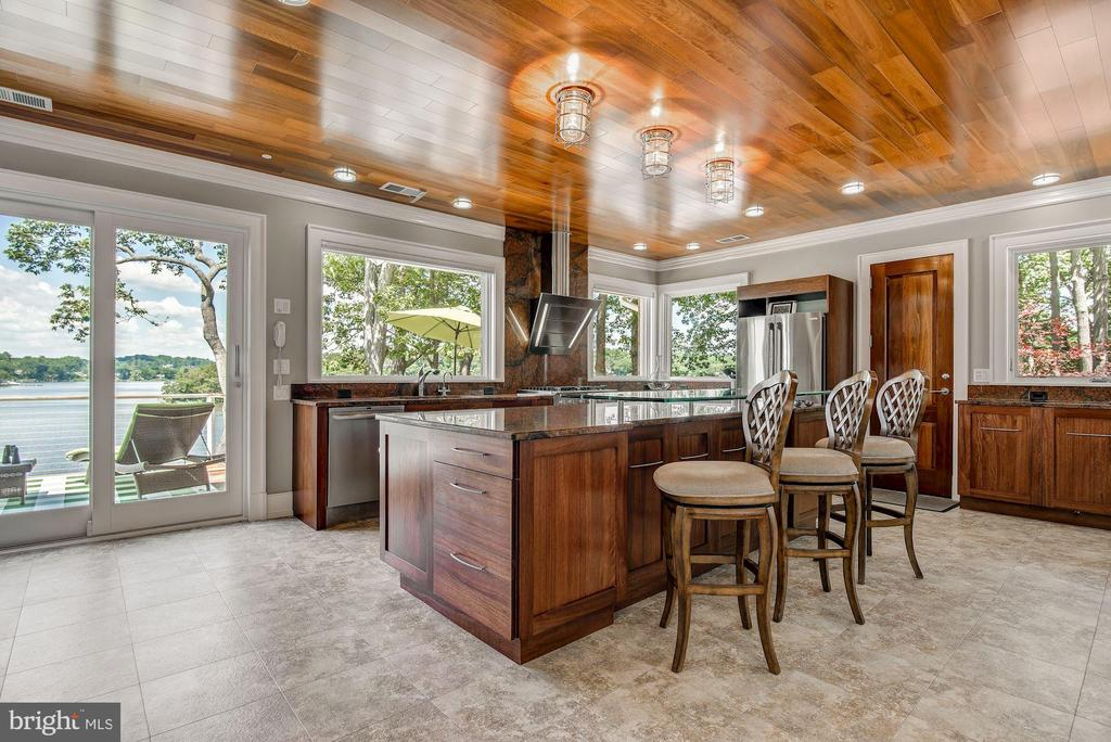 Waterside Kitchen & Nautical Wood Ceiling - 2920 SOUTHWATER POINT DR, ANNAPOLIS