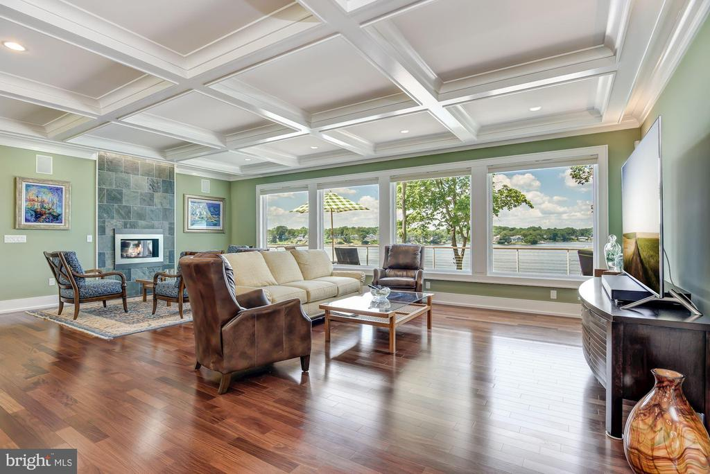 Waterside Living & Coffered Ceiling - 2920 SOUTHWATER POINT DR, ANNAPOLIS
