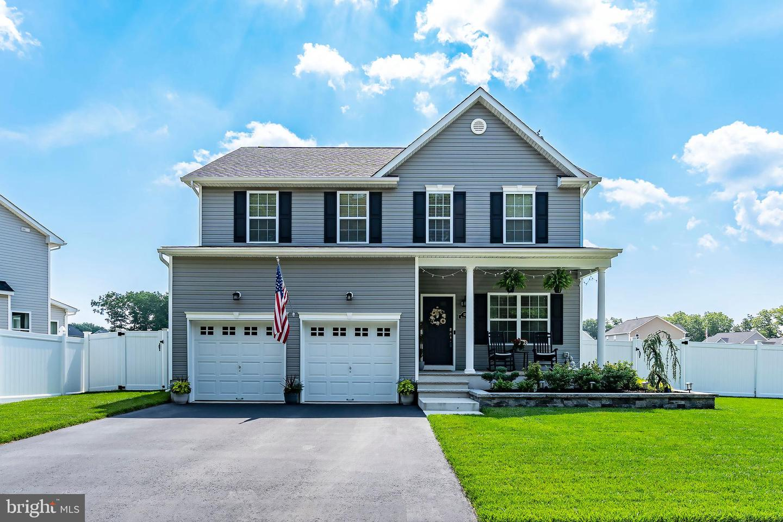 Single Family Homes pour l Vente à Bayville, New Jersey 08721 États-Unis