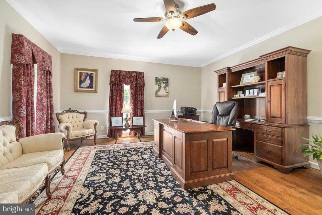 ROOM FOR AN OFFICE - 228 ROCK HILL CHURCH RD, STAFFORD