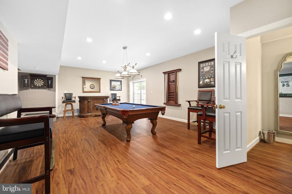 CLOSE THE DOOR AND KEEP THE UPSTAIRS QUIET - 228 ROCK HILL CHURCH RD, STAFFORD
