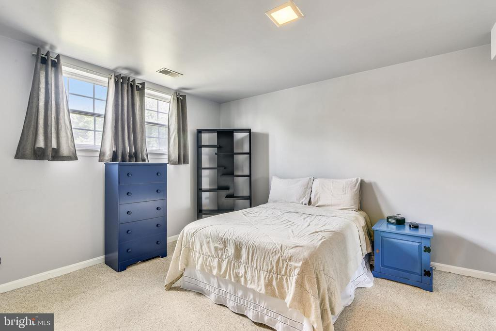 Fourth Bedroom in the Basement - 21121 FIRESIDE CT, STERLING