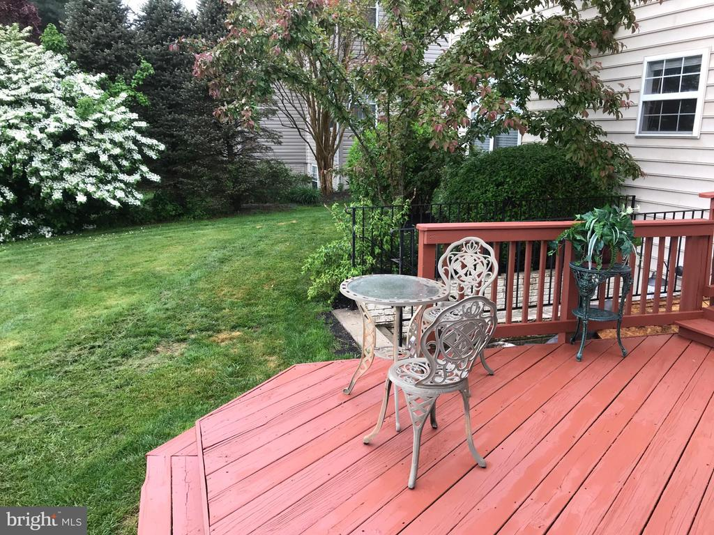 Outside view - 11079 SANANDREW DR, NEW MARKET