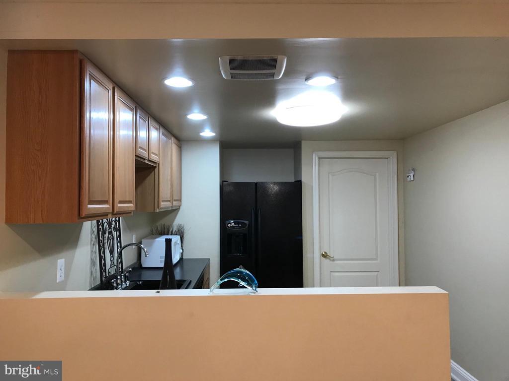Basement Kitchenette/Wet Bar - 11079 SANANDREW DR, NEW MARKET