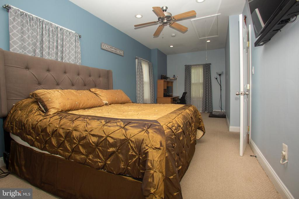 Master Bedroom - 5426 SARGENT RD, HYATTSVILLE