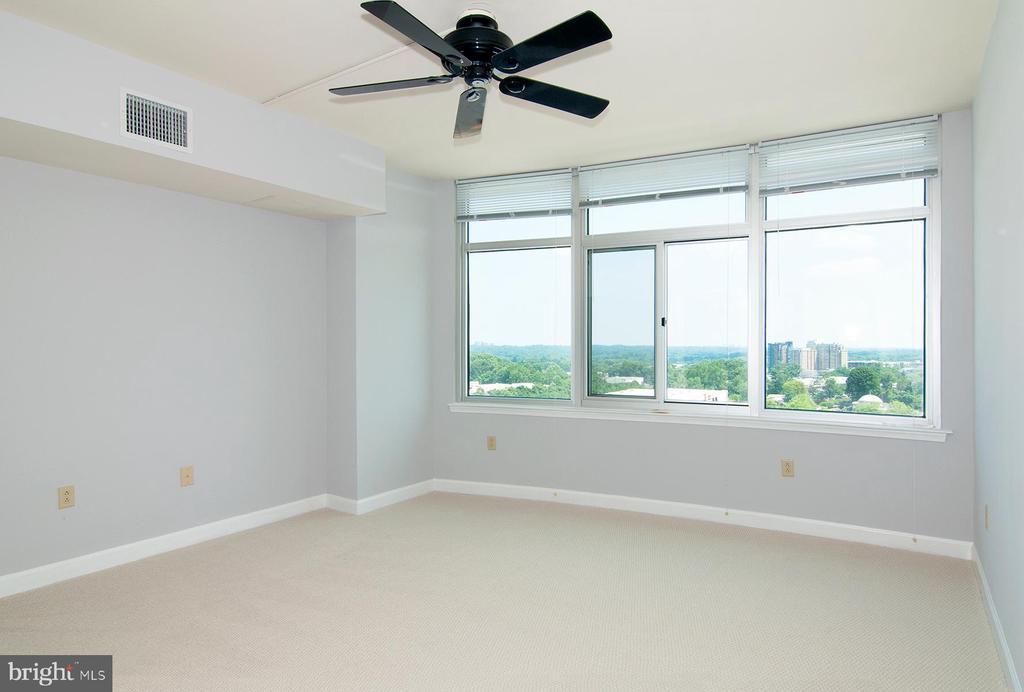 Beautiful views from Master suite - 5750 BOU AVE #1508, NORTH BETHESDA