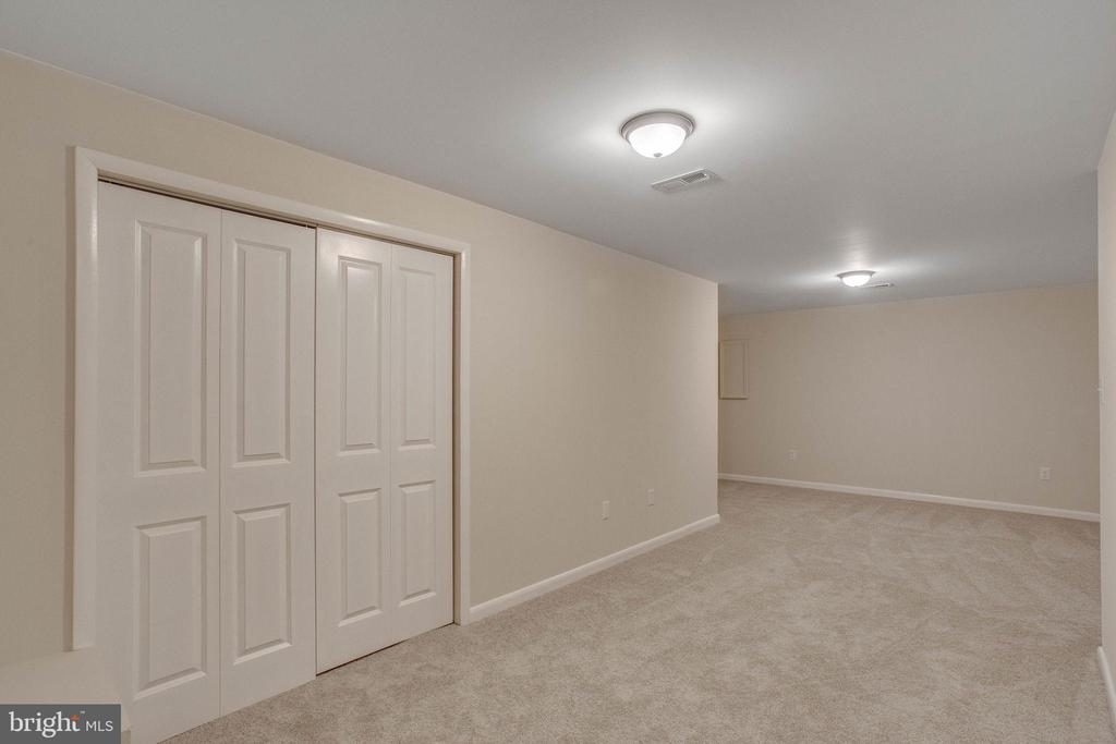 Downstairs flex living space - 106 PICADILLY LN, STAFFORD