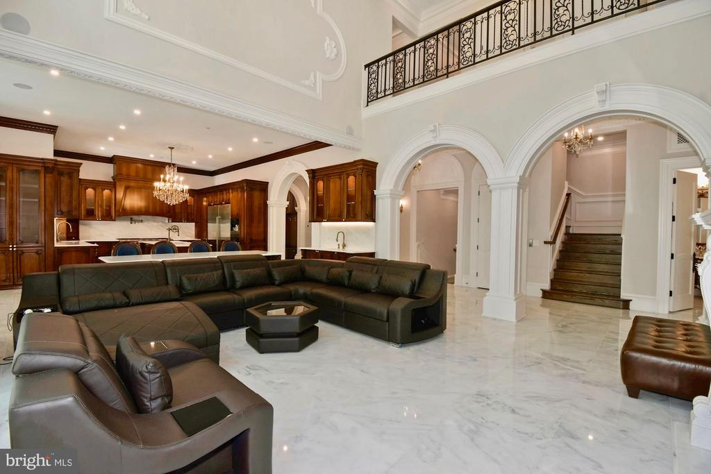 Family Room - Open to Upper Hallway - 9305 INGLEWOOD CT, POTOMAC