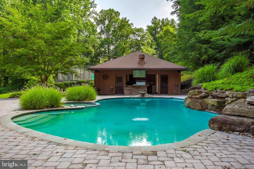 Pool and Custom Pool House - 11140 HOMEWOOD RD, ELLICOTT CITY