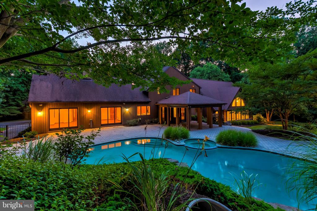 Twilight Exterior and Pool - 11140 HOMEWOOD RD, ELLICOTT CITY