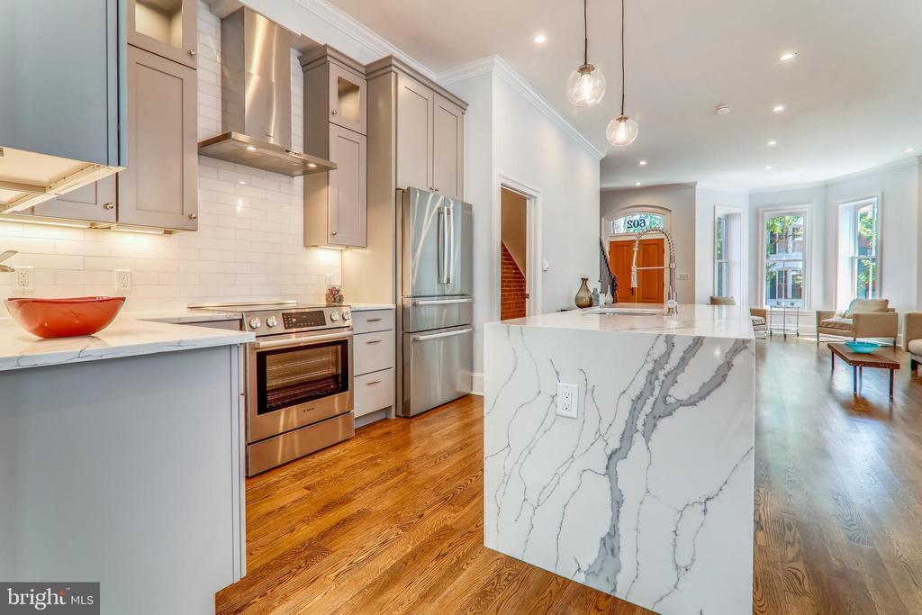 Open Kitchen Features Quartz Countertops - 602 E ST SE #A, WASHINGTON