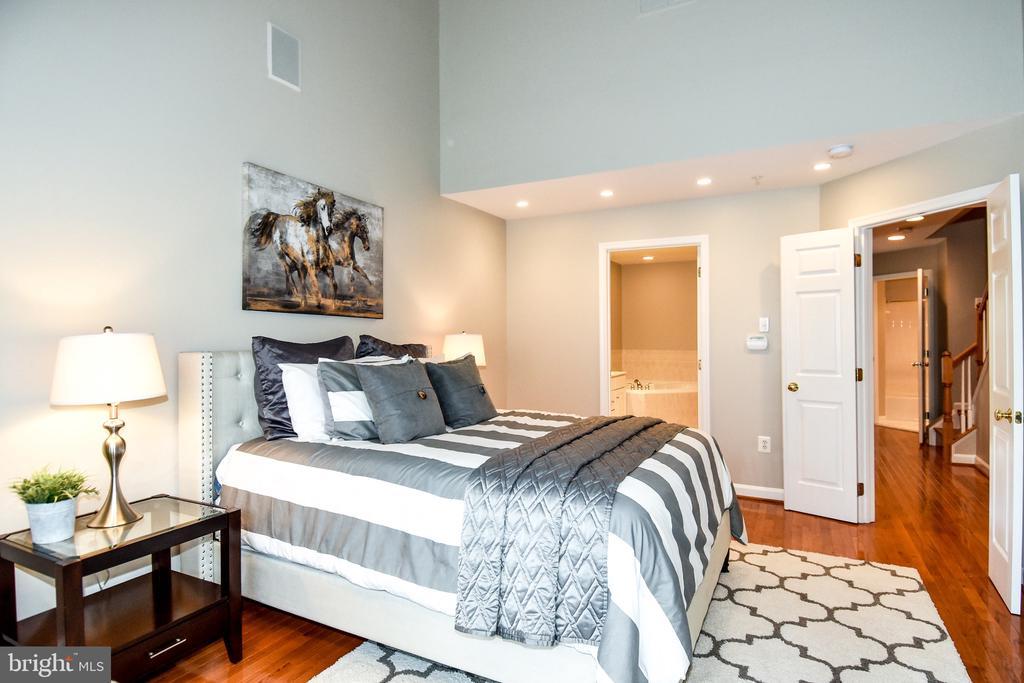 Master Bedroom - 605 7TH ST SW, WASHINGTON