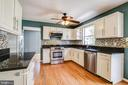 Counterspace galore - 14810 CROSSVALLEY RD, BURTONSVILLE