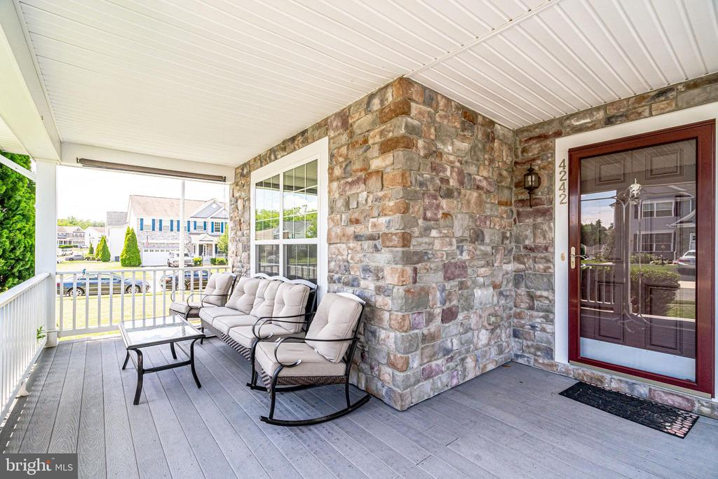 Front Porch - 4242 MEYERS RD, TRIANGLE