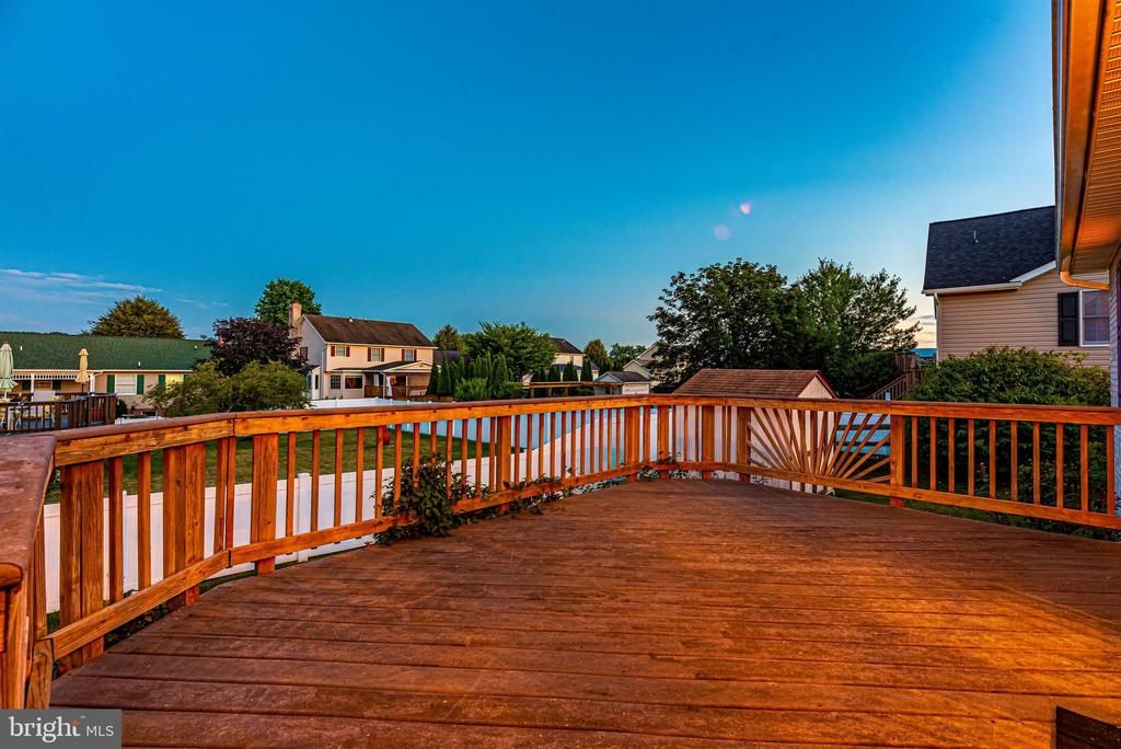 Twilight View - 123 BENNETT DR, THURMONT