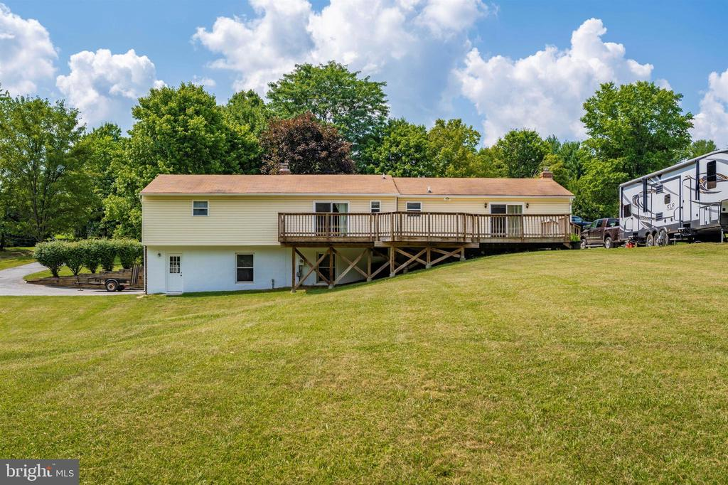 Rear of home - 3495 ADGATE DR, IJAMSVILLE