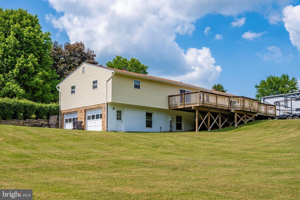 Rear of house - 3495 ADGATE DR, IJAMSVILLE
