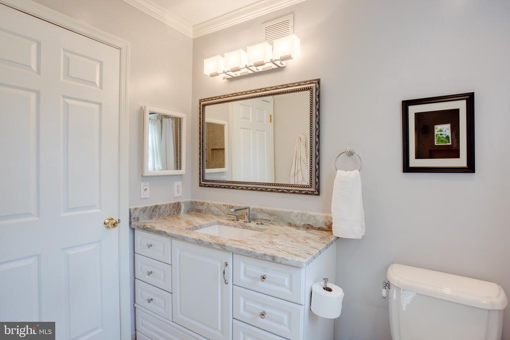 Upper Full Bathroom Beautifully Updated  (2) - 1960 BARTON HILL RD, RESTON