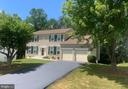 Home in sought after Manors of Park Ridge - 36 WESTHAMPTON CT, STAFFORD