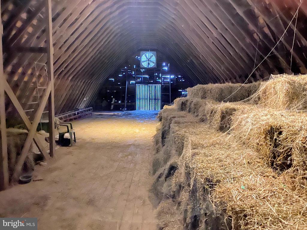 lower barn storage - 11437 BETHESDA CHURCH RD, DAMASCUS